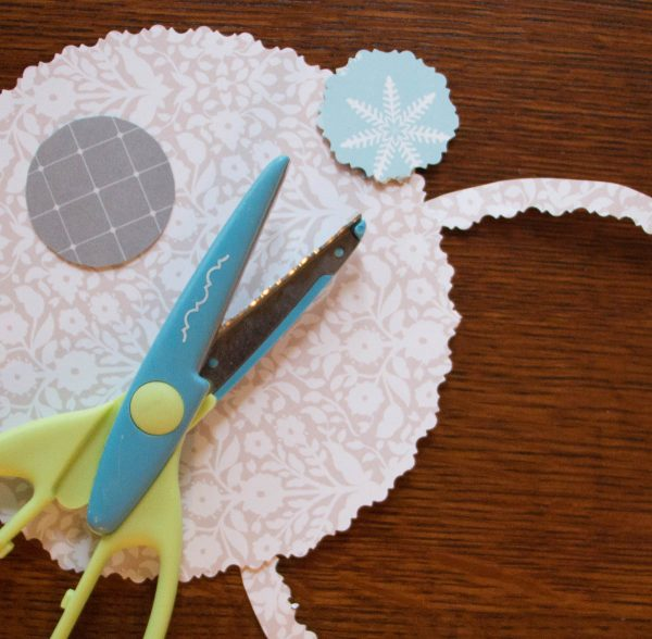 Care Less Coasters Tutorial - Scalloped Borders