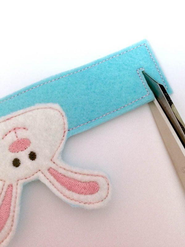 Bunny Easter Egg Holder - cutting