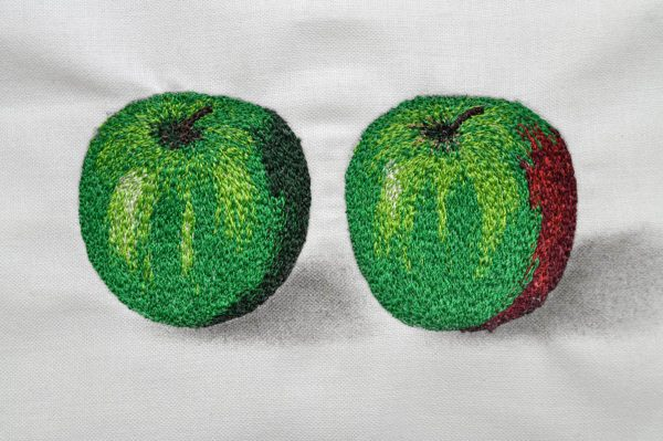 Realism with Thread Tip - apples