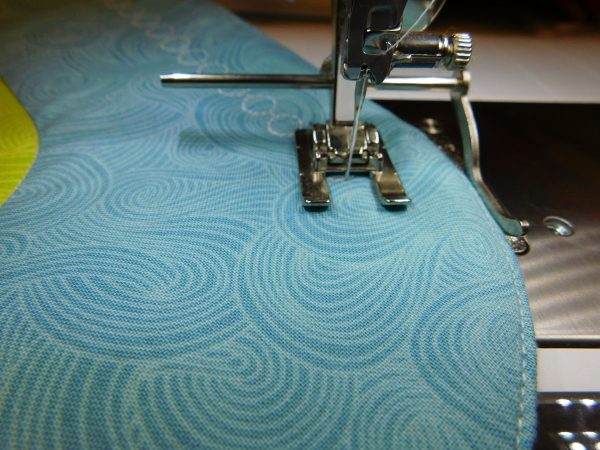 how to sew with a seam guide