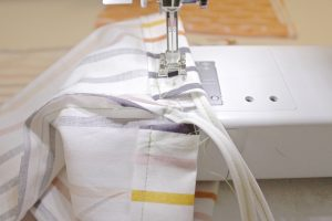 DIY 10-minute shoe bags step nine: sew top