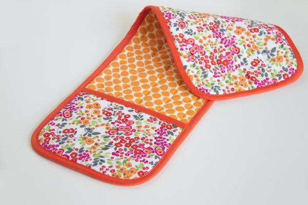 Double Pot Holder with Hand Pockets 12