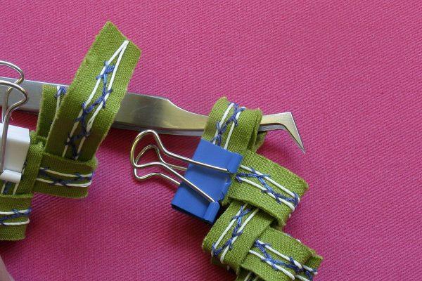 Summer glow bracelet tutorial