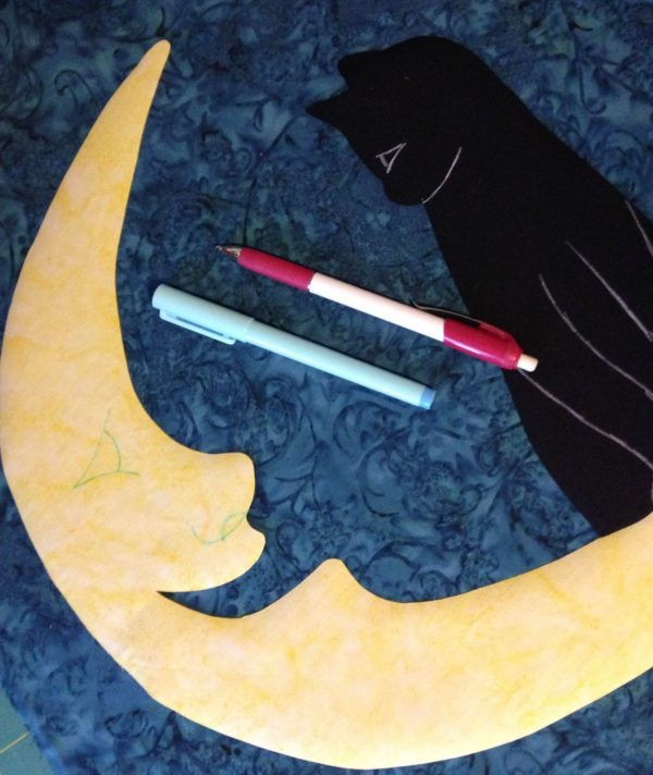 Moon Wall Hanging-Tracing the pattern shapes