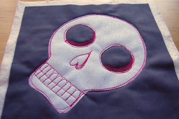 Sugar skull mug rug