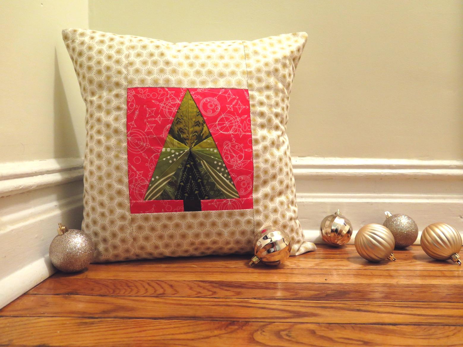 Foundation Paper Pieced Christmas Pillow Weallsew