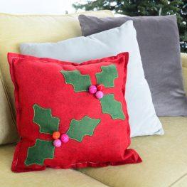 Holly Berry Felt Pillow DIY-5051