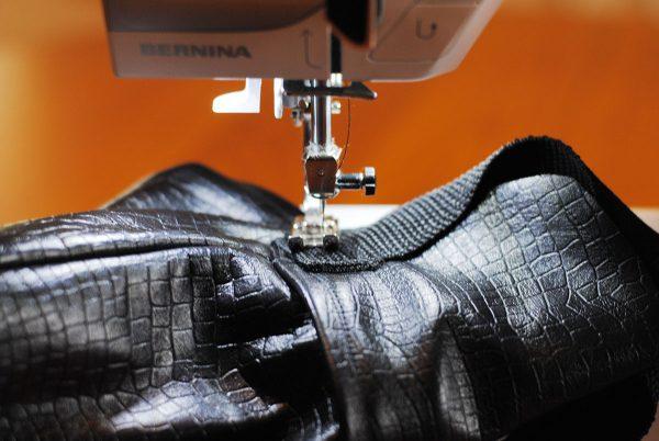 Sew Straps to Traveler's Purse