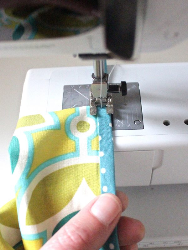 Tissue holder Tutorial Step four: sew the trim