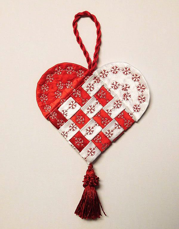Fabric-Swedish-Heart-Tutorial-1200-x-900-44-600x800