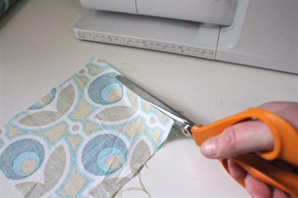 Tissue holder Tutorial Step One: cut your fabric