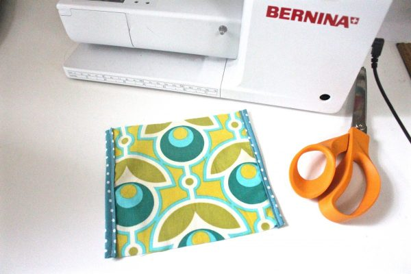 Tissue holder Tutorial Step five: sew the trim on the second side