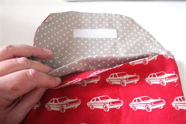 Reusable washable lunch bag Tutorial step sixteen: put the bag together