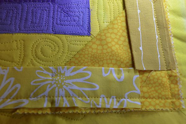 How to sew a quilt facing