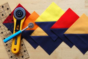 Half square triangle piecing tip