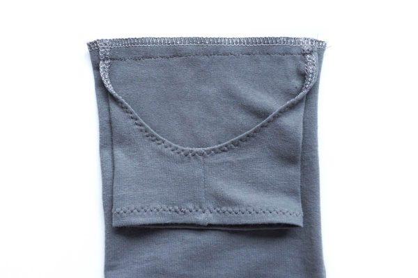 Free Sewing Pattern DIY Yoga-Style Stirrup Leggings by Sew DIY for BERNINA