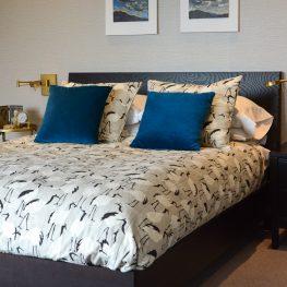 Channel Stitched Bedding DIY-532