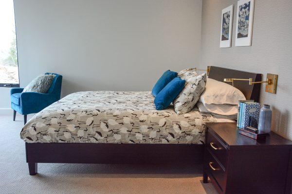 Channel Stitched Bedding DIY-543