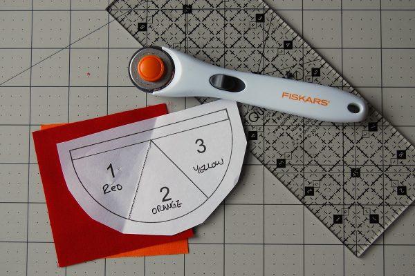 Color wheel pincushion tutorial 1200 x 800 14