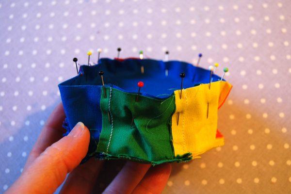 Color wheel pincushion tutorial 1200 x 800 57