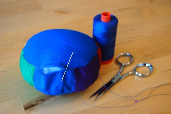 Color wheel pincushion tutorial 1200 x 800 60