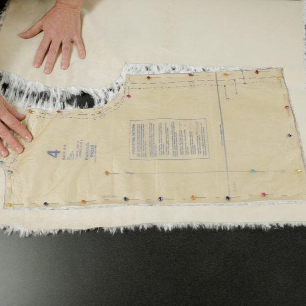 Faux Fur Vest Tutorial-pulling apart the fur pieces