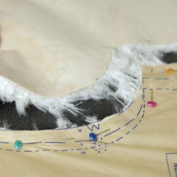 Faux Fur Vest Tutorial-pulling apart the fur pieces closeup