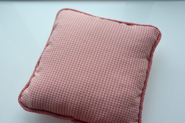 How to Sew Corded Square Pillow-316