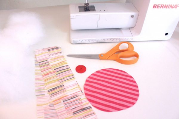 15-minute easy-sew pin cushion materials