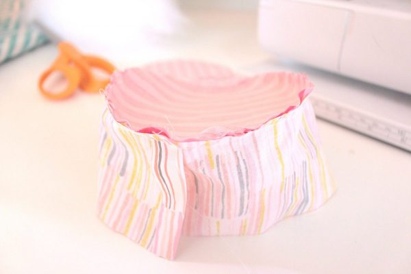 15-minute easy-sew pin cushion Step four: fabric cup
