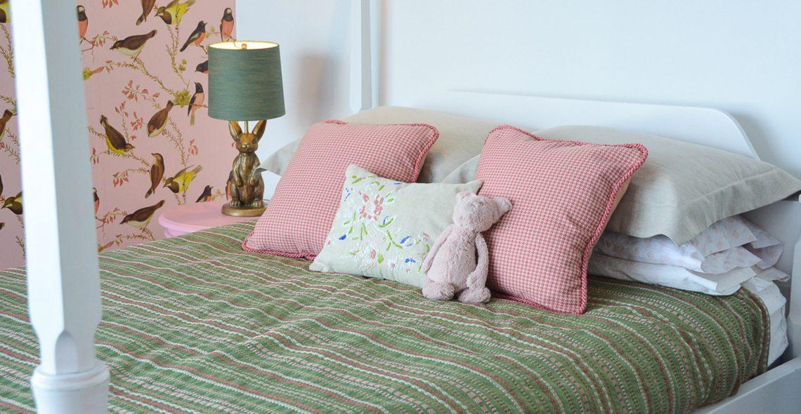 Pink-Gold-Bird-Bedroom-352