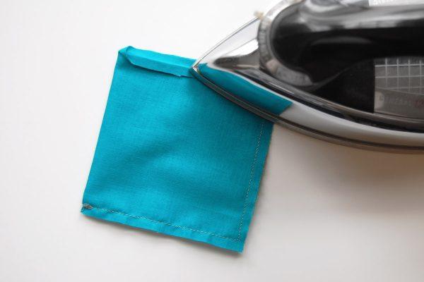 Color block zipper pouch tutorial