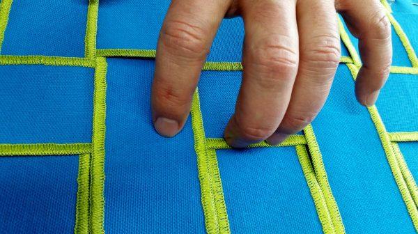 Flange Pillow Tutorial-weaving