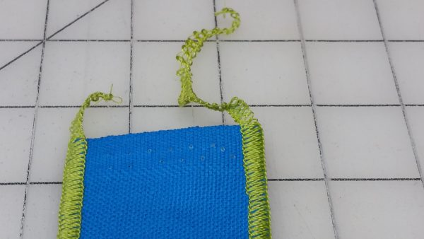 Flange Pillow Tutorial-edging the strips