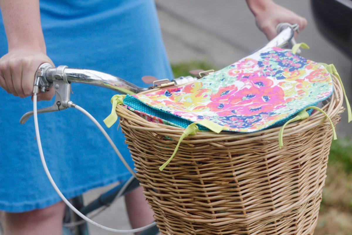 How to sew a bike basket liner | weallsew.