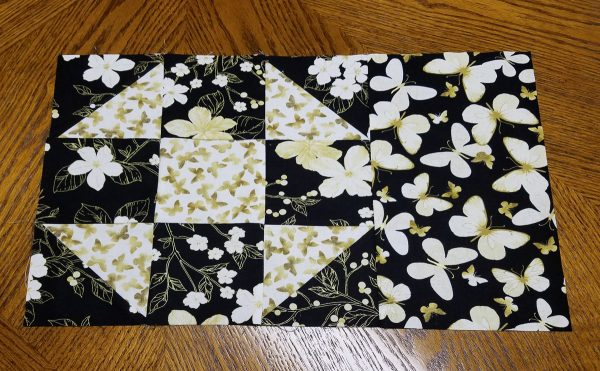 Shoofly Block Placemats-side attached