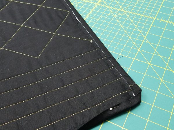 Shoofly Block Placemats-Wrap to back