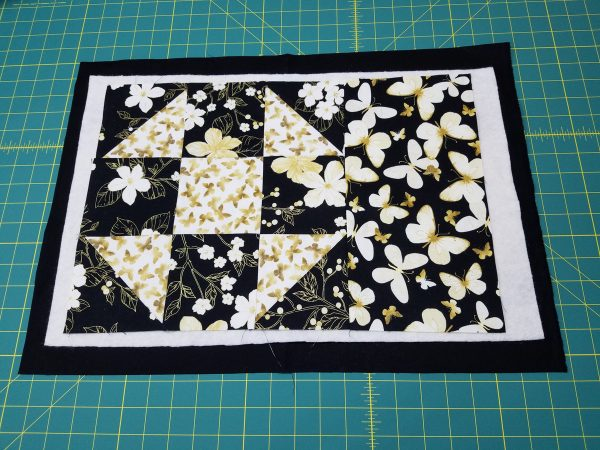 Shoofly Block Placemats-Making the Quilt Sandwich