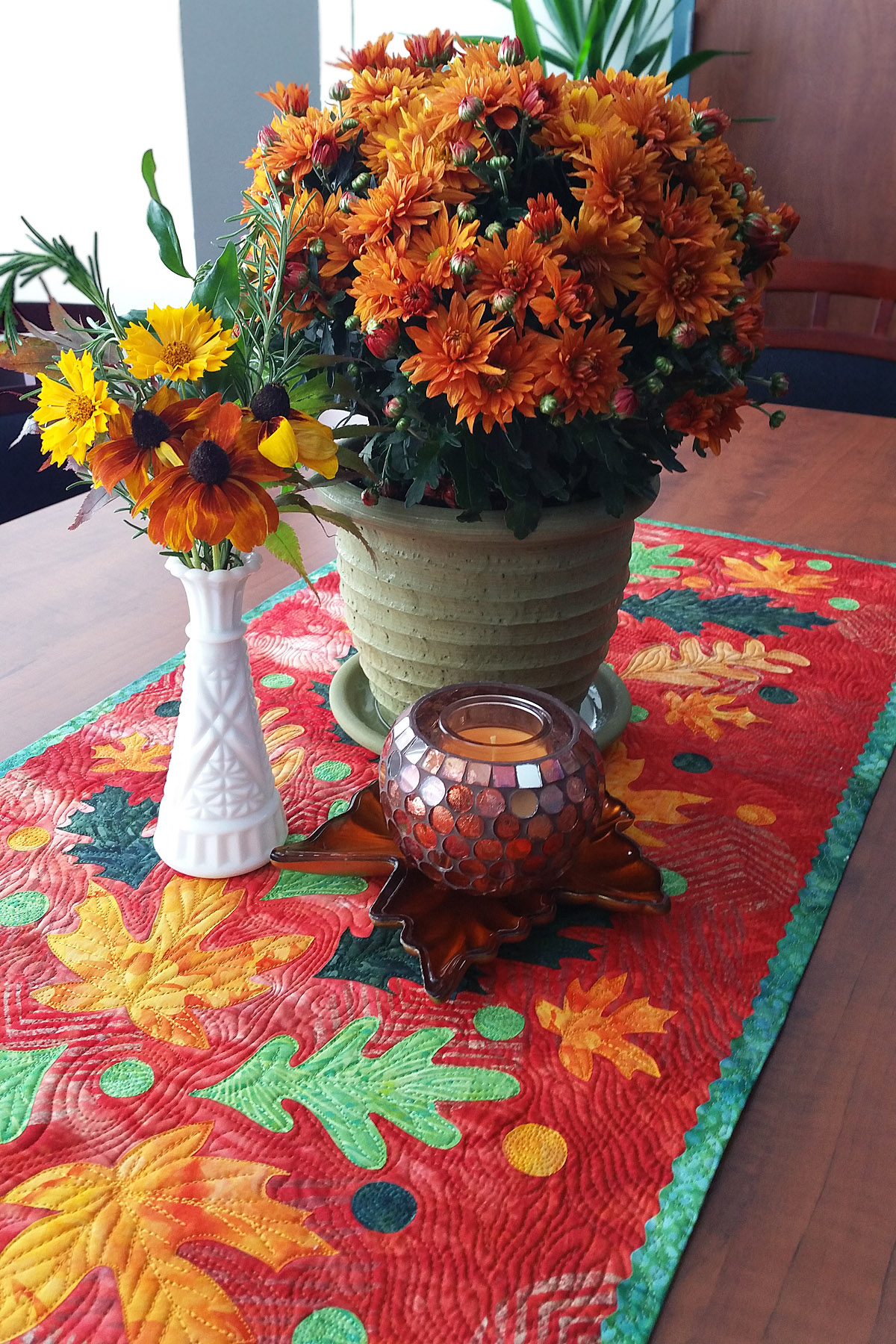 Fall Leaves Table Runner Weallsew