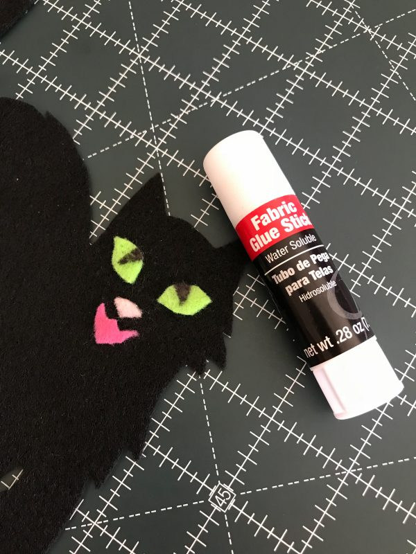 Halloween Treat Bag Tutorial-glue down the felt pieces