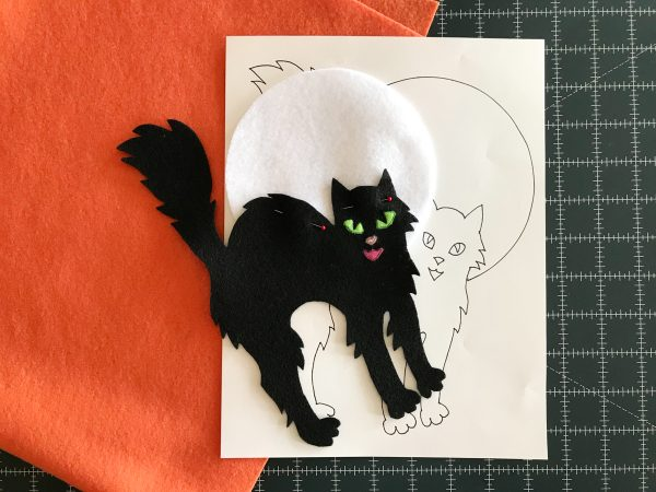 Halloween Treat Bag Tutorial- center the cat and moon applique
