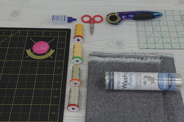 Sparkle rolled hem napkin tutorial