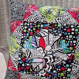 A Girl's Favorite Block Pillowcase with Zipper Insertion