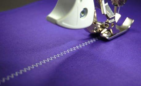 3 ways to use a zigzag stitch