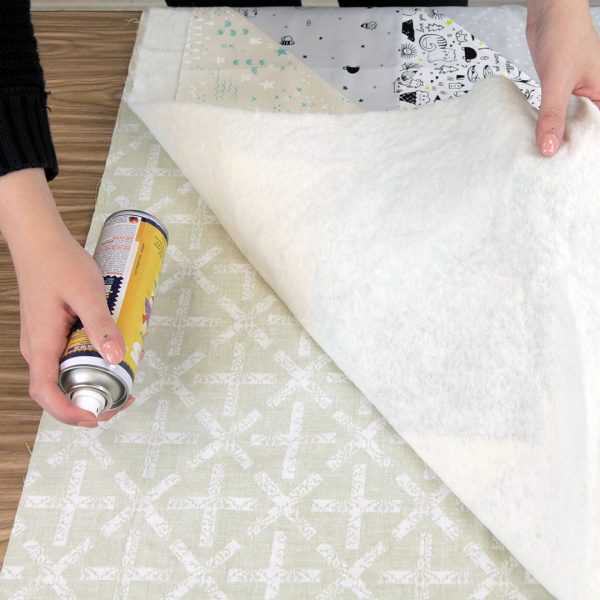 Quilting with the Walking foot - spray basting