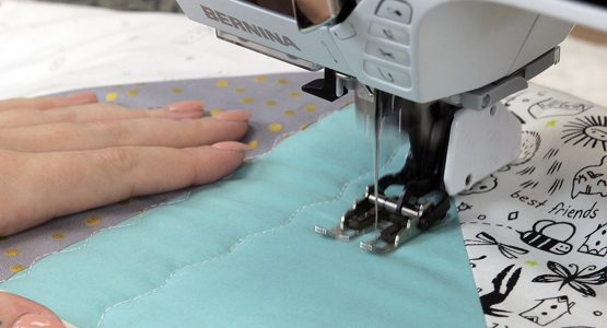 https://weallsew.com/wp-content/uploads/sites/4/2018/02/Walk-Into-Modern-Quilting-1110-x-600-BERNINA-We-All-Sew-blog-feature-555x300.jpg