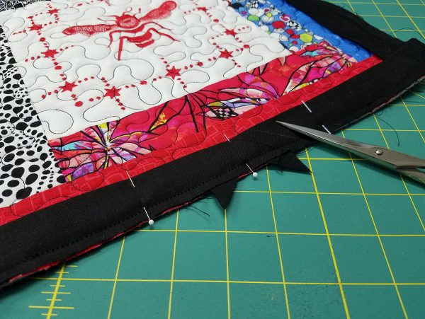 Quilted Tray - trim corners