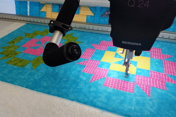 Straight Line Quilting with Q-matic, stitchout