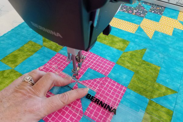 Straight Line Quilting with Q-matic, rulerwork
