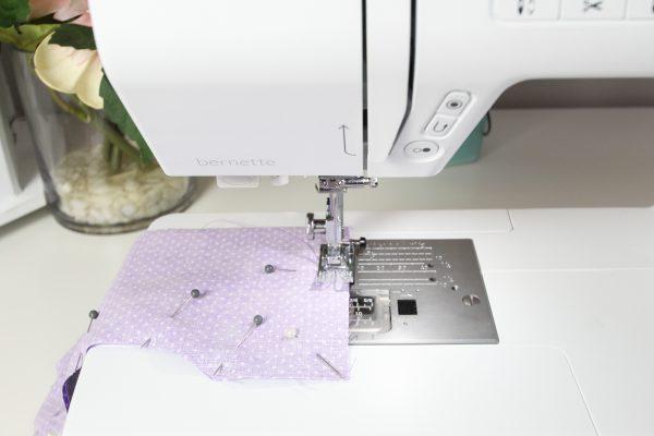 aromatherapy-eye-pillow-sew around the edges